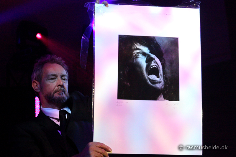 Fin Costello print in the auction